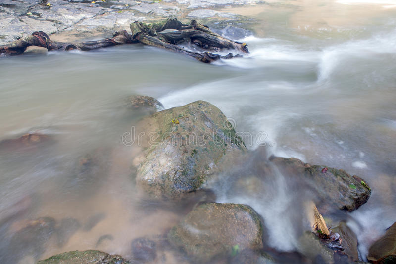 Водопад в Huay к krabi Таиланду стоковое изображение rf