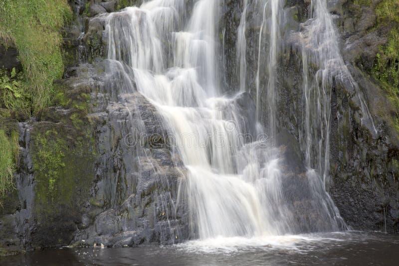 Водопад Assaranca, Ardara, Donegal, Ирландия стоковые изображения rf