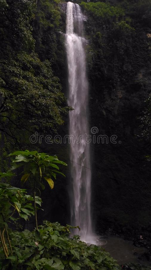 водопад cimahi стоковые фото