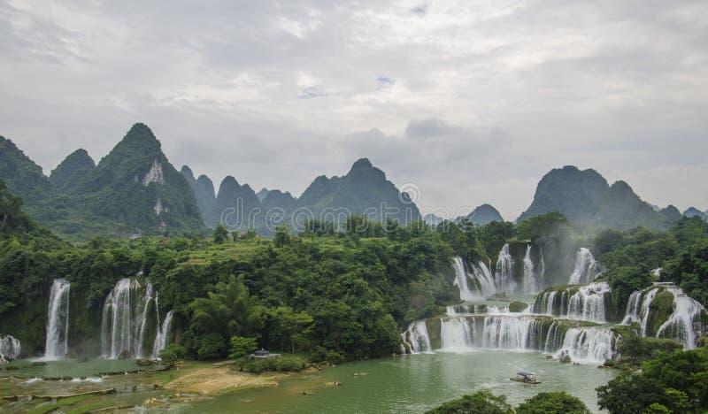 Водопад Detian стоковое изображение