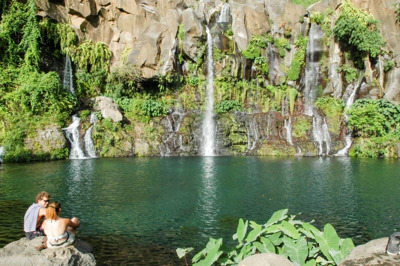 Водопад Les Cormorans на Острове Реюньон, Франции стоковые изображения