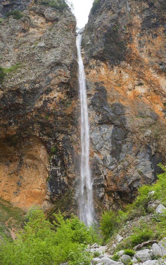 Водопад Rinka, долина Logar, Словения стоковые фотографии rf