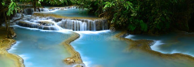 водопад si prabang luang Лаоса kuang стоковая фотография