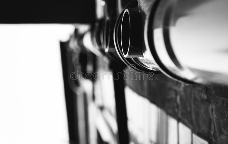Водосточные трубы в monochrome стоковая фотография