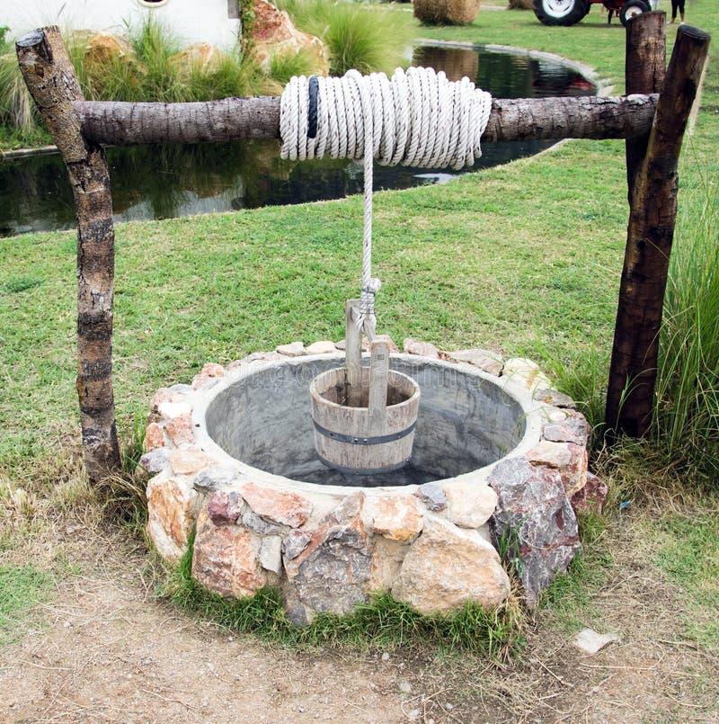 Водяная скважина стоковые фото