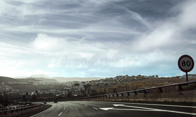 вперед дорога стоковое изображение rf