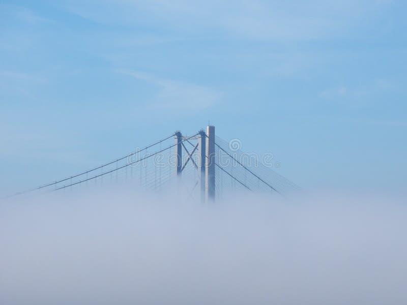 Вперед мост дороги над лиманом вперед внутри Эдинбурга стоковые изображения
