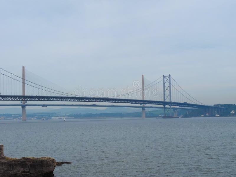 Вперед мост дороги над лиманом вперед внутри Эдинбурга стоковое изображение rf