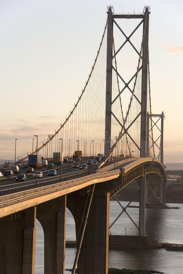 Вперед мост дороги - Эдинбург - Шотландия стоковая фотография