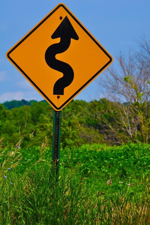 вперед curvy дорога стоковое изображение rf
