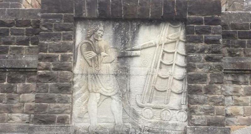 Впечатляющий altarpiece высек в камне на фасаде памятника стоковые изображения rf