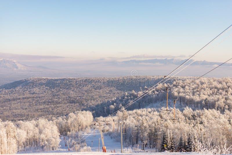 вполне счастлива те I если горы изображения благодарят использовано, то где зима а вы стоковое изображение
