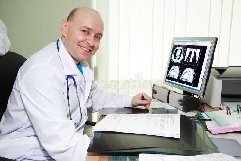врач стоковое фото rf