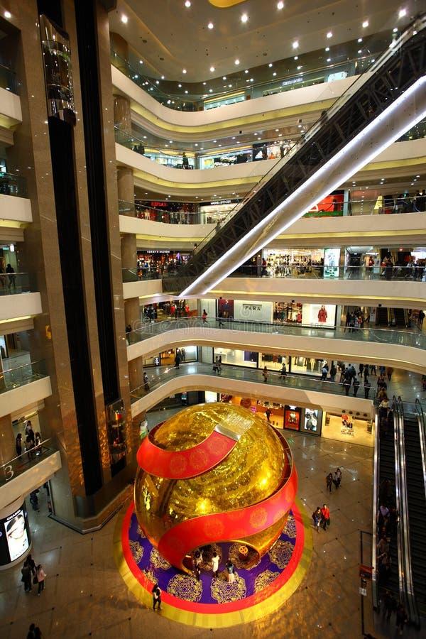 времена квадрата покупкы мола Hong Kong стоковые фото