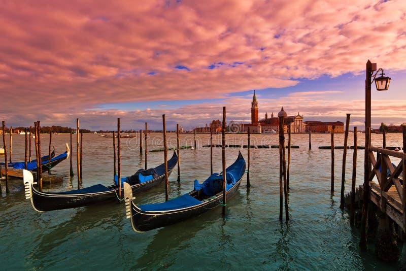Время захода солнца в Венеции, Италии. стоковая фотография rf