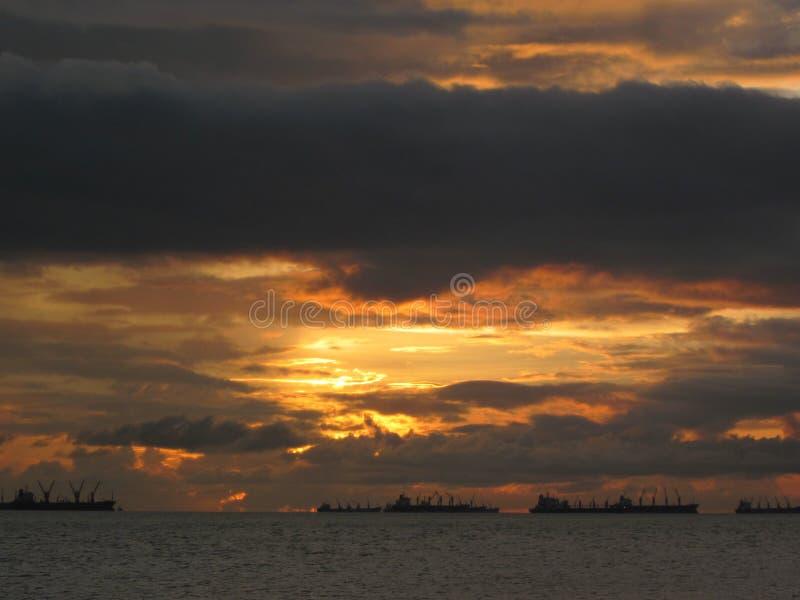 время захода солнца рискованного предприятия выдержки стоковое изображение rf
