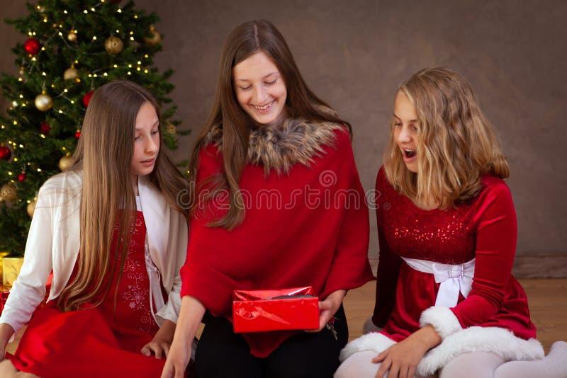 время конца рождества предпосылки красное вверх стоковое изображение