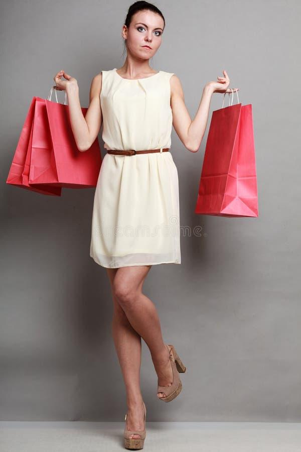 Время покупок женщины стоковое фото