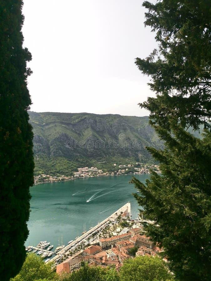 время утра montenegro kotor залива стоковые изображения