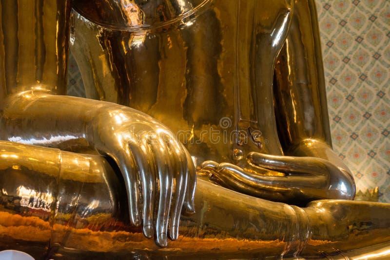 Вручает деталь Будды стоковое изображение