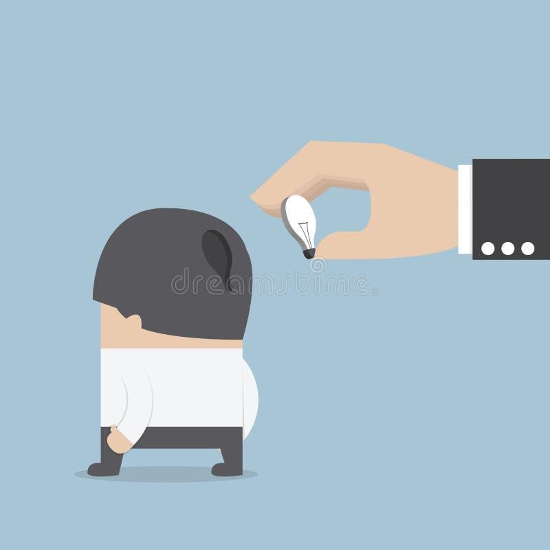 Вручите держать электрическую лампочку идеи и input оно в бизнесмена он бесплатная иллюстрация