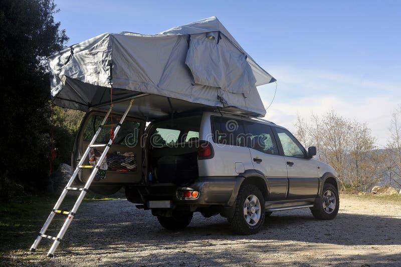 Все машины с крышей с палаткой стоковые фотографии rf