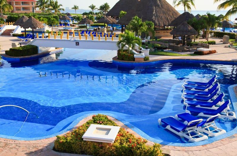 все приставают включительный роскошный курорт к берегу утра стоковое изображение rf