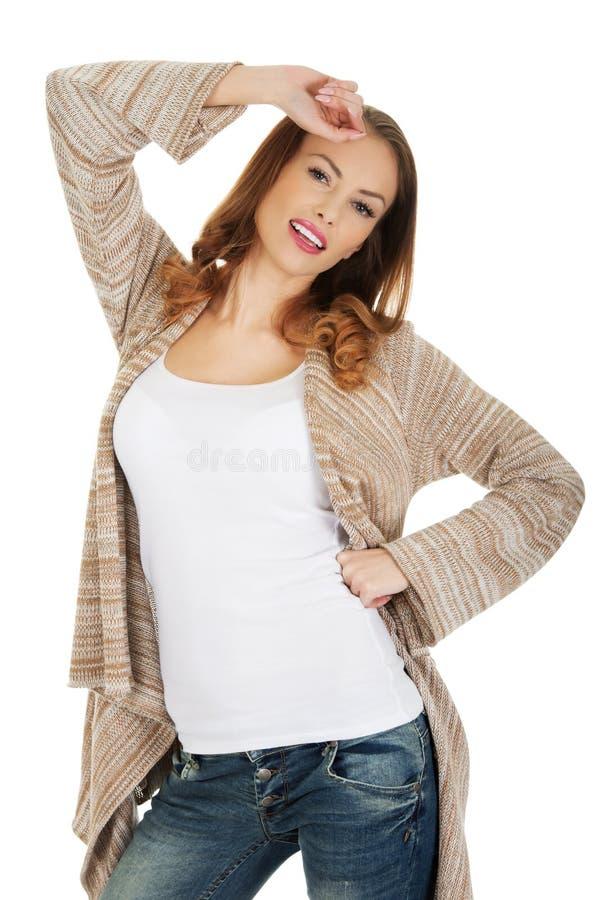 вскользь счастливая женщина стоковая фотография rf