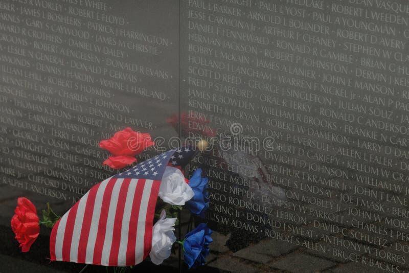 Вспоминать имена в камне--Мемориал Вьетнама, Вашингтон, d C стоковое изображение