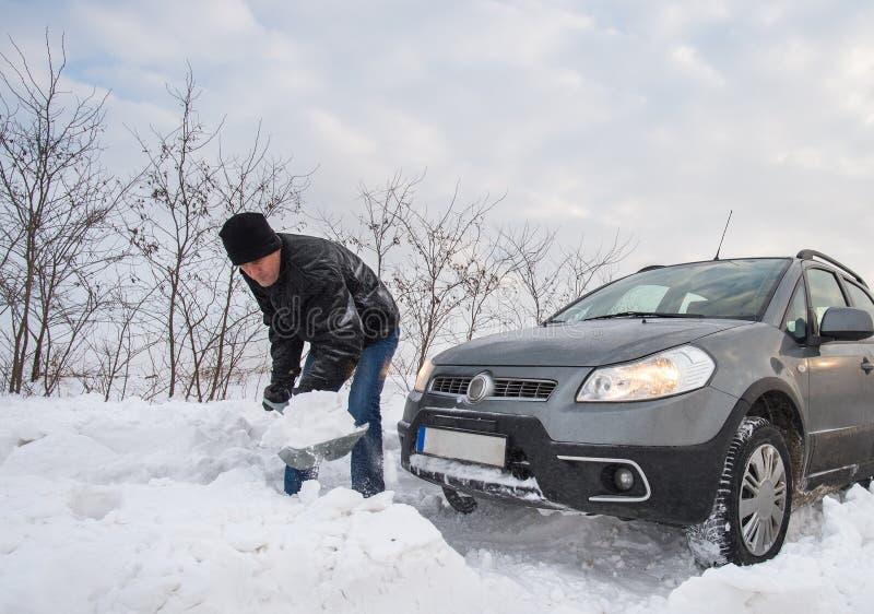 вставленный снежок автомобиля стоковое фото rf