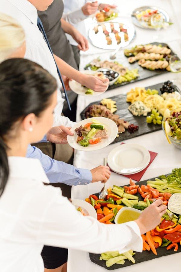 встреча еды доставки с обслуживанием дела шведского стола стоковое фото