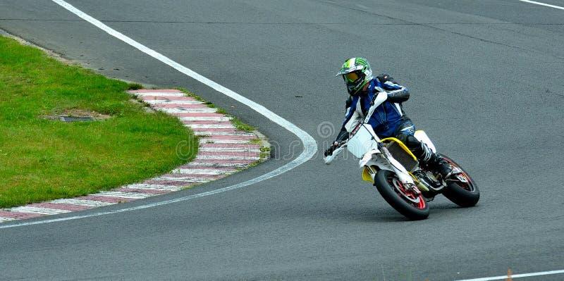 Встреча катания мотоцикла в центре гонки WallraV стоковое изображение rf