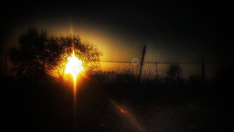 Всход захода солнца от мобильной камеры стоковые изображения