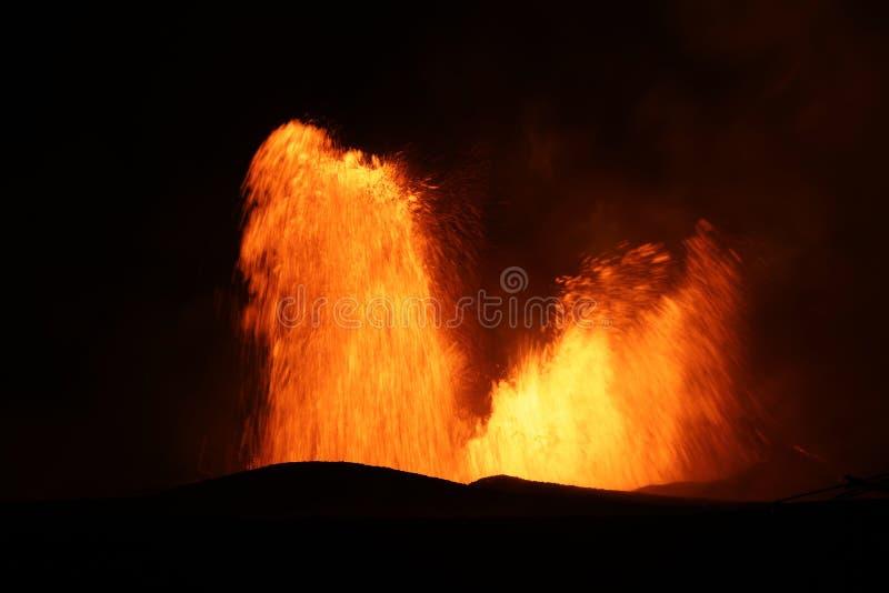 Вулканическое извержение вулкана Kilauea в Гаваи стоковые фотографии rf