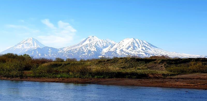 вулканы стоковые изображения
