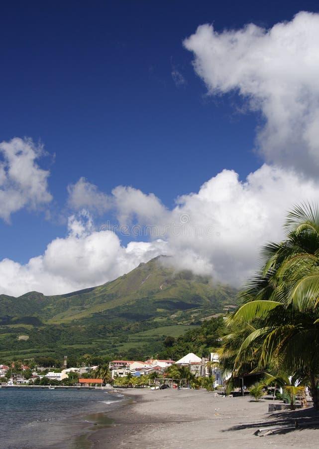 вулкан пляжа стоковое изображение rf