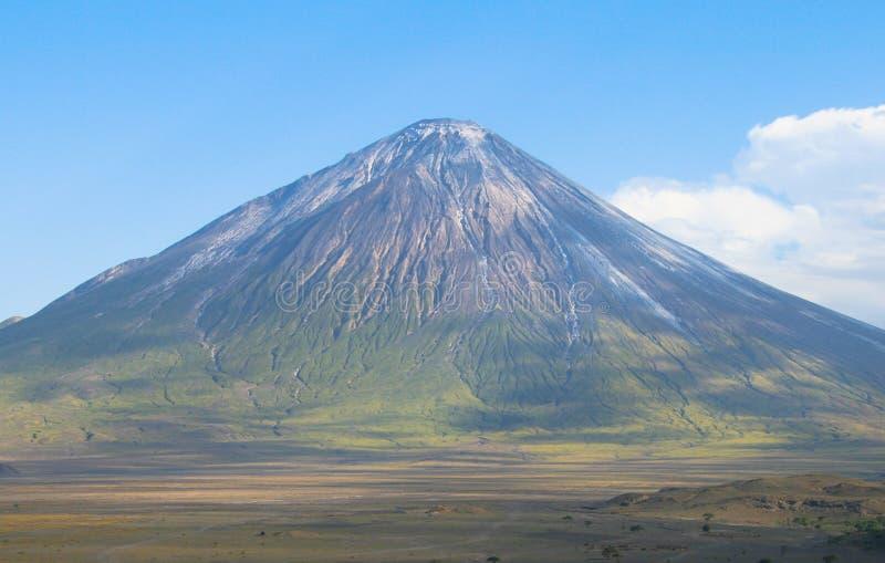 вулкан Танзании ol lengai doinyo стоковое изображение