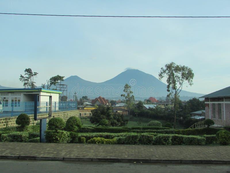Вулкан Karisimbi стоковое фото rf