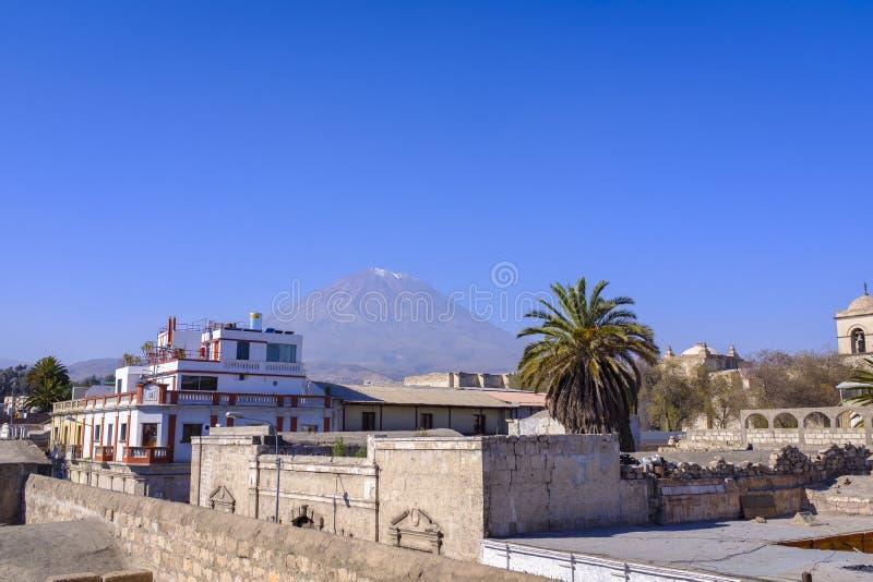 Вулкан Misti около Arequipa, Перу стоковые фотографии rf