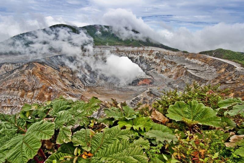 вулкан poas стоковые изображения rf