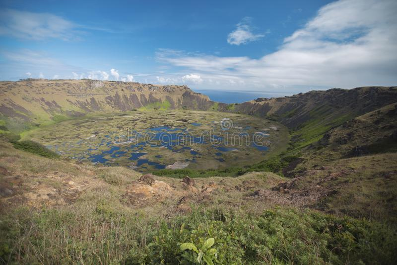 вулкан rano kau острова пасхи стоковое фото