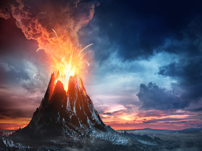 Вулканическая гора в извержении стоковые фотографии rf