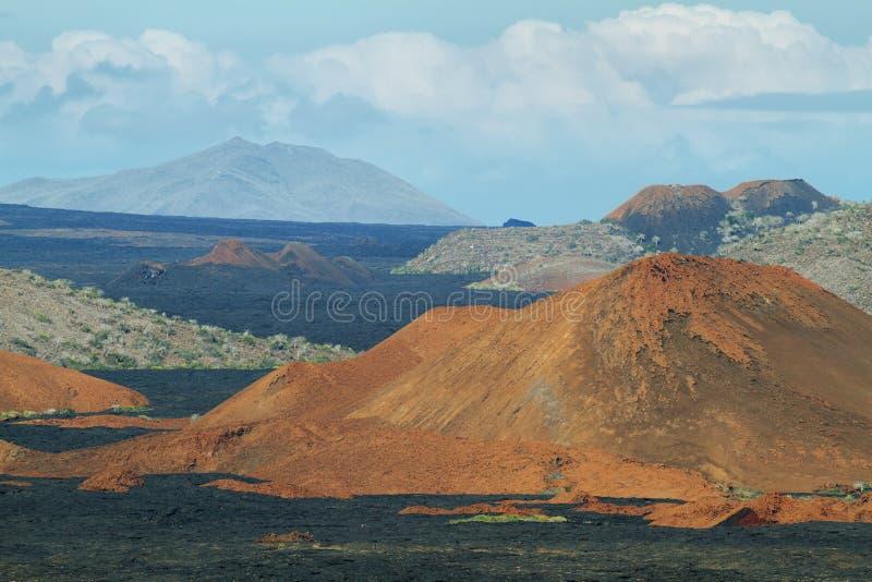 Download Вулканический ландшафт острова Сантьяго Стоковое Изображение - изображение насчитывающей природа, остро: 41660193