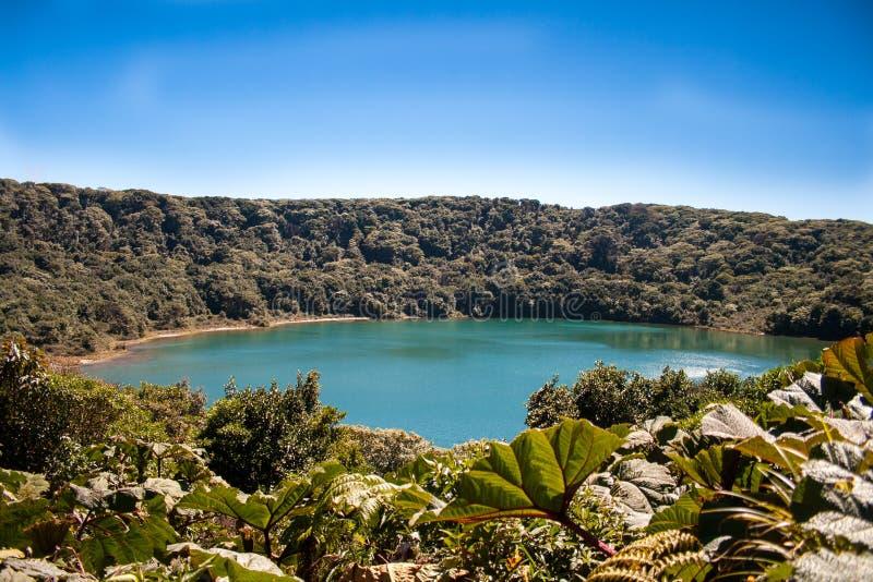 Вулканическое озеро в Коста-Рика стоковое изображение