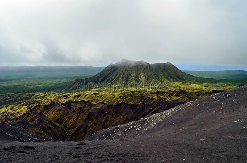 Вулкан в острове Ambrym, Вануату стоковые изображения