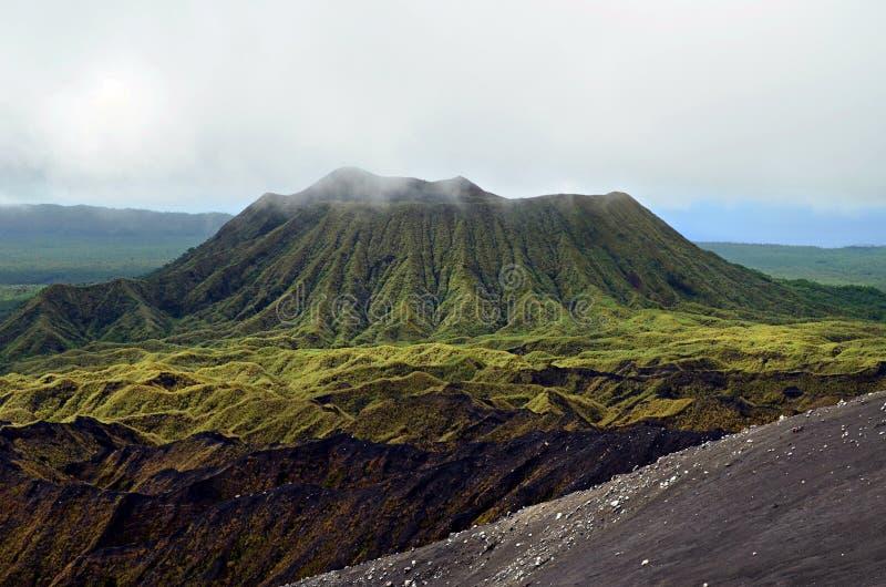 Вулкан в острове Ambrym, Вануату стоковое фото