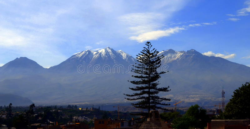 Вулкан Arequipa стоковое изображение rf