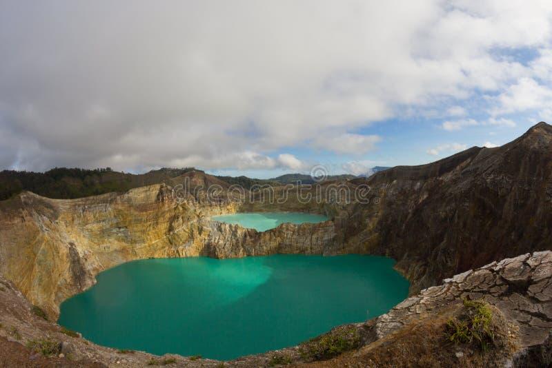 Вулкан Kelimutu, Flores, Индонезия стоковая фотография rf