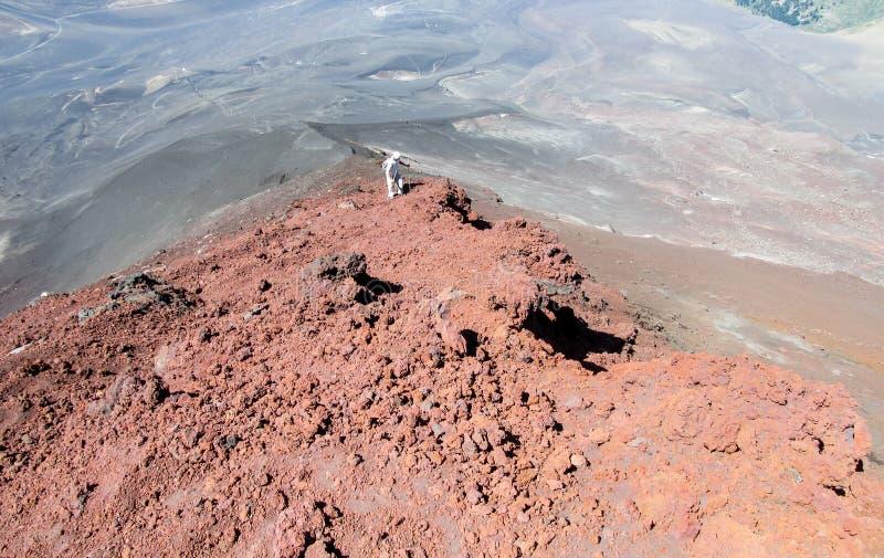 Вулкан trekking в Чили стоковое изображение rf