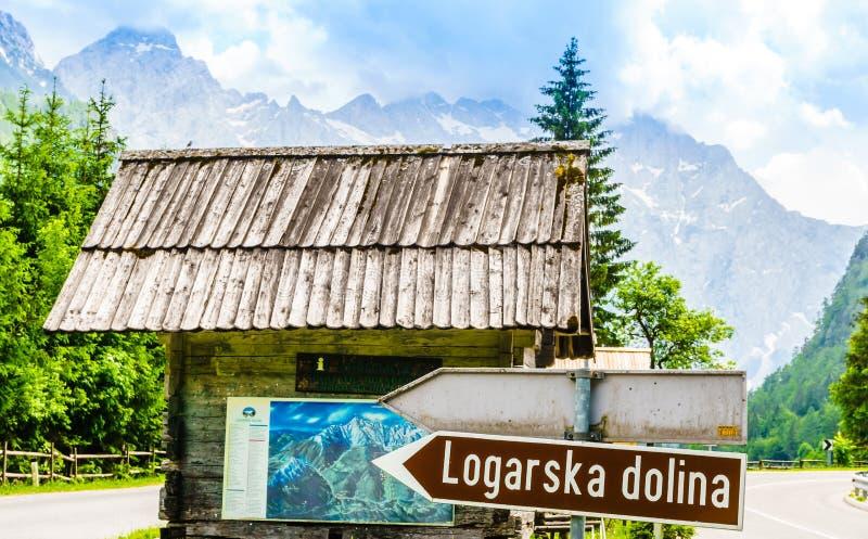 Вход долины dolina logarska в Словении стоковое фото
